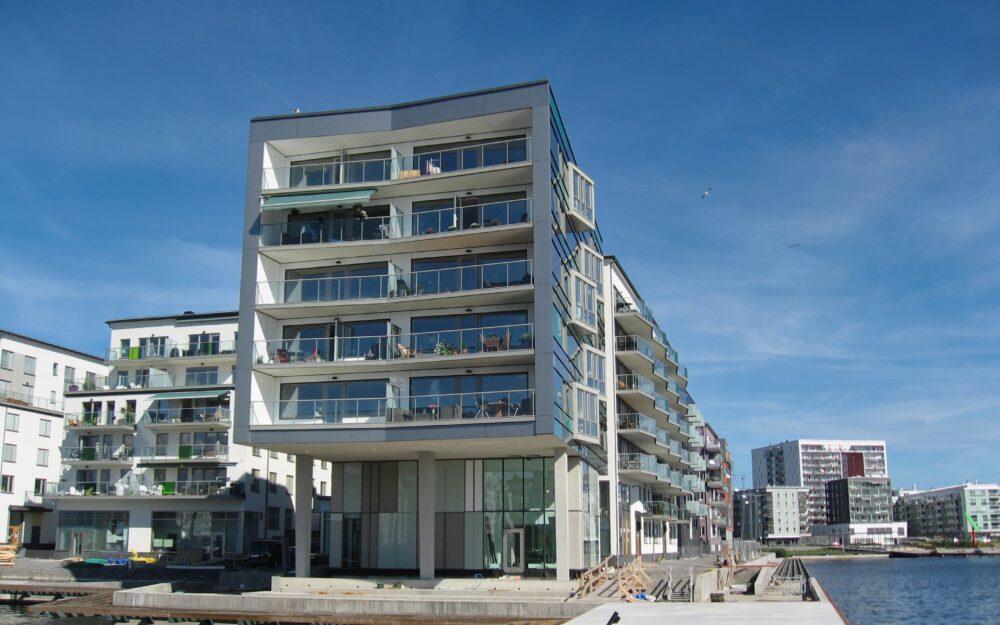 Fasadglas BRF Sjöstadspiren